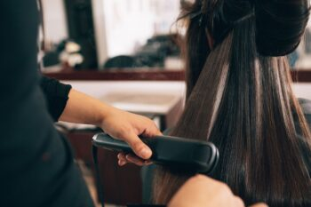 A Complete Guide on Using Hair Straightener